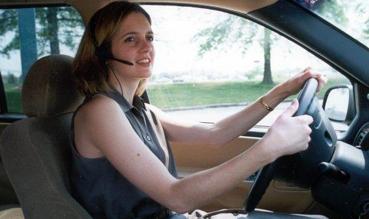5 тысяч за звонок. В Думе обсуждают ужесточение наказания за использования водителями гаджетов