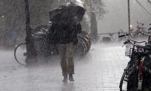 Дождь, гроза и сильный ветер ожидаются в Сочи