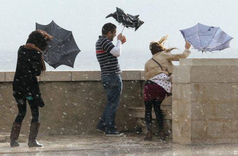 Непогода задержится: Сочи в ближайшее время накроют ливни