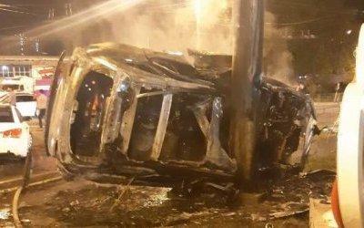 Два человека погибли в огненном ДТП в Подмосковье