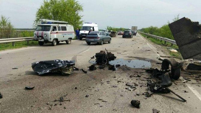 Водитель «Приоры» погиб в ДТП под Марксом