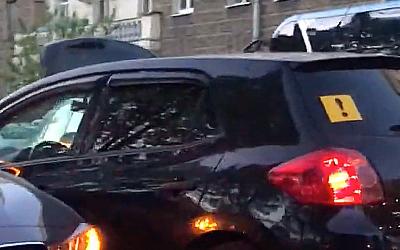 В Петербурге хэтчбэк Toyota с знаком
