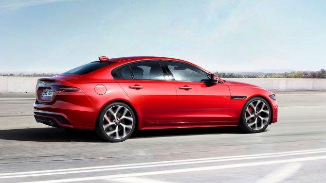 Рестайлинговый Jaguar XE стал доступен для заказа в России