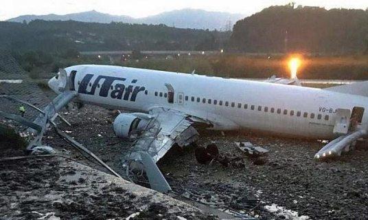 Пассажиры загоревшегося в Сочи самолета намерены подать на Utair в суд