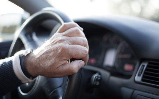 В России хотят ограничить возраст на управление авто