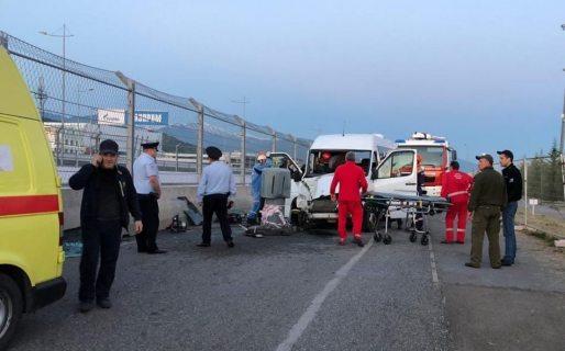 Устроивший аварию с 11 пострадавшими водитель перевозил туристов в Сочи без разрешения