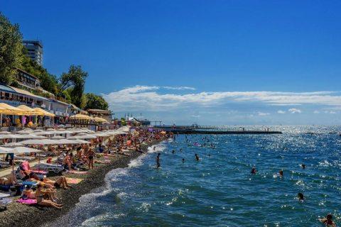Арендаторам сочинских пляжей грозит арест за закрытый проход на их территорию