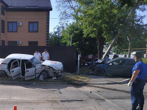 Два человека погибли в ДТП в Ейске